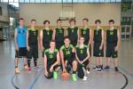 Niederlagen musste das EBV-Team der U 18 in Cottbus einstecken. Gegen Cottbus verloren die Jungen mit 41:71 (26:30) gegen das Team aus Bernau gab es ein Debakel – 31:103 (16:40). […]