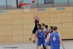 (mbor) Das EBV-Team der Landesliga Herren konnte seine beiden Heimspiele leider nicht gewinnen. Gegen den Tabellenzweiten USV Potsdam II verloren die Männer mit 49:65 (23:35), gegen das Team des Tabellenfünften, […]