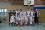 (mbor/wend) Das neu zusammengestellte Oberligateam der männlichen U 18 schlug sich beim ersten Turnier in Schwedt recht achtbar. Gegen die wiederum als Meisterschaftsfavorit gehandelten Jungen der WSG Fürstenwalde verloren die […]