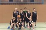 (mbor) Das EBV-Team der U 12 verlor letzten Sonntag ganz klar auch die letzten beiden Punktspiele in Cottbus. Gegen den souveränen Tabellenführer gab es eine derbe 36:133 (13:73) – Klatsche, […]