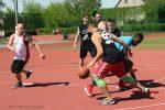 (mbor) Bei strahlendem Frühlingswetter kamen zum diesjährigen Streetballturnier des Eisenhüttenstädter Basketball Vereins 1971 e.V. siebzehn Mannschaften. In sechs Altersklassen stritten sie um jeden Punkt, um jeden Ball. Dieses Turnier hat […]