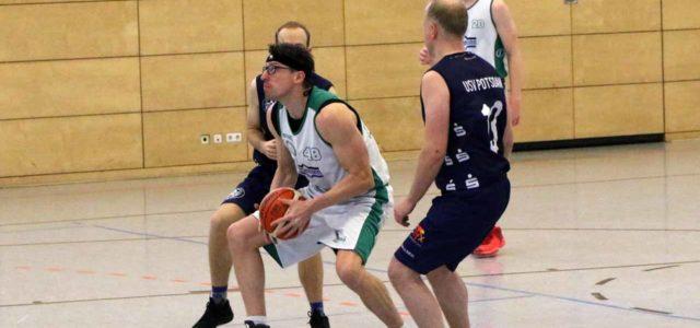 (mbor) Im ersten Turnier der Aufstiegsrunde zur Landesliga wechselten beim EBV Sieg und Niederlage. Im ersten Heimspiel gab es eine knappe 74:80 (40:42) – Niederlage gegen Mitfavorit StarWings Glienicke II, […]
