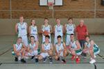 (mbor) Nach langer Durststrecke hat das Oberliga U 16 – Team endlich zwei Gewinnerpunkte einfahren können. Gegen Königs Wusterhausen gewannen die Jungen hoch verdient mit 78:65 (38:35). Das Hinspiel verlor […]