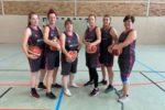 (vor/mbor) Nach mehrjähriger Abstinenz hat der EBV 971 wieder eine Damenmannschaft in der Oberliga. Als erster Gegner waren die Damen aus Fürstenwalde zu Gast in Eisenhüttenstadt. Einr der stärksten Mannschaften […]