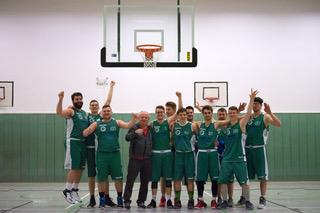 (her/mbor) Das Team des EBV erzielte in Fürstenwalde zwei Siege für die Moral der Mannschaft. Gegen den Gastgeber hieß es am 79:78 (45:36), gegen den SSV Lok Bernau IV war […]
